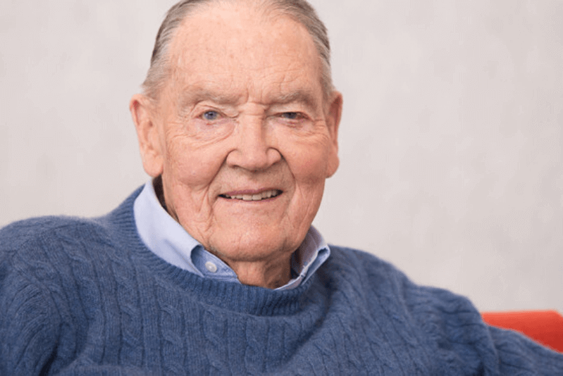 Top 5 Investing Secrets from Investment Tycoon John Bogle
